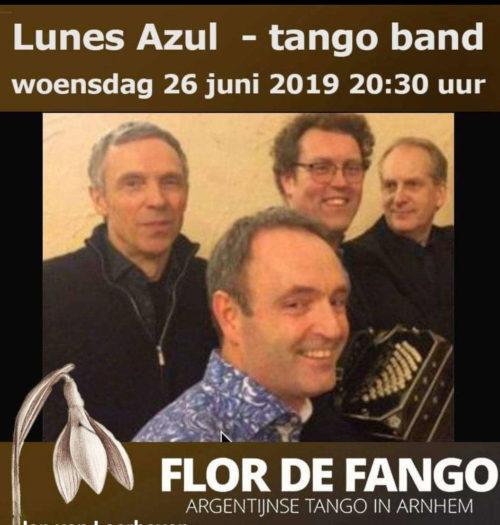 Lunes Azul in Flor de Fango's Tangocafé