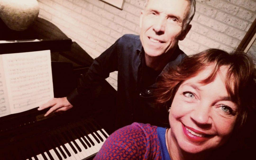 Nieuwjaarssalon – Tango Caricias (piano/zang) – DJ Christoph